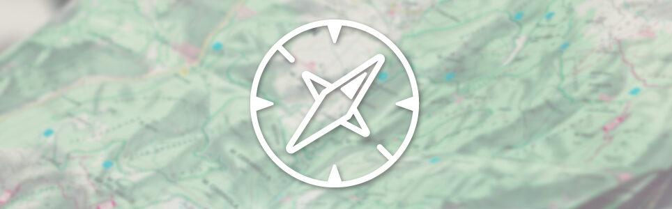 dressgoat faire kleidung fairfashion nachhaltige mode biobaumwolle tshirt hoodie sweater turnbeutel designs geschichten kompass symbol reisen waypass