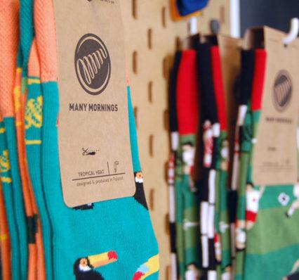 dressgoat concept store laden eröffnung ehrenfeld köln bio fair nachhaltig kleidung mode slowfashion streetwear accessoires socken many mornings